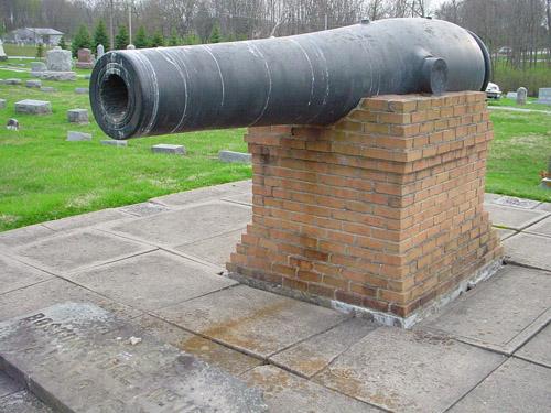 Front view Rodman gun